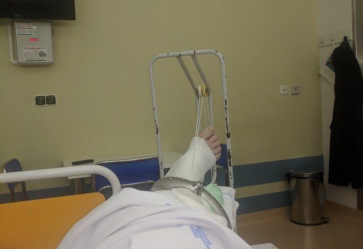 Věchýtek si zlomil acetabulus.